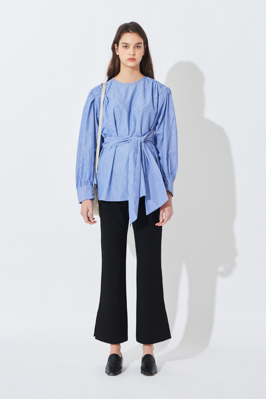 유라고 URAGO Cross Stripe Blouse