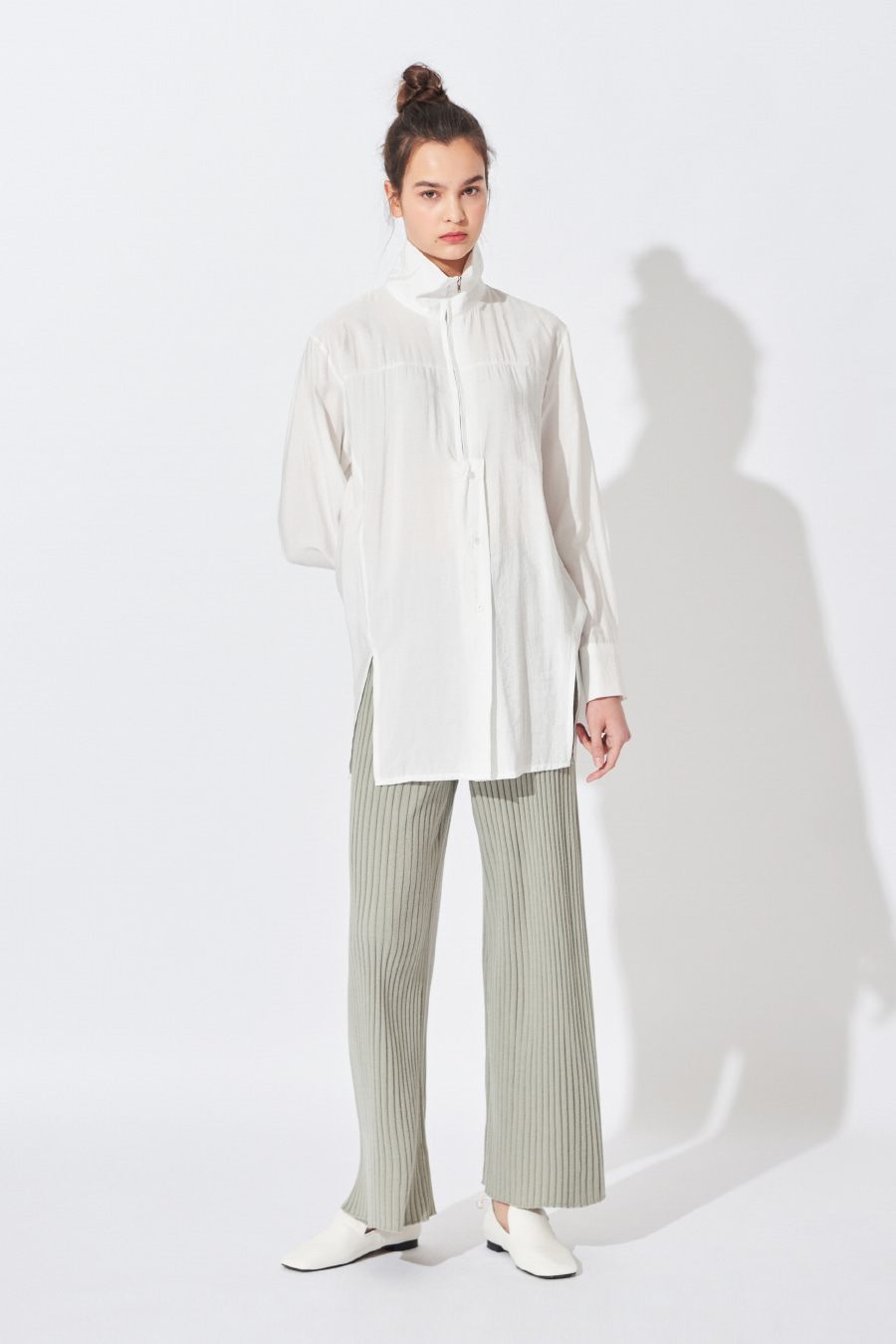 유라고 URAGO Pleat Knit Wide Pants
